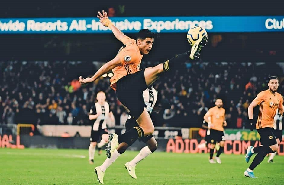 Wolves y Newcastle firman empate 1-1